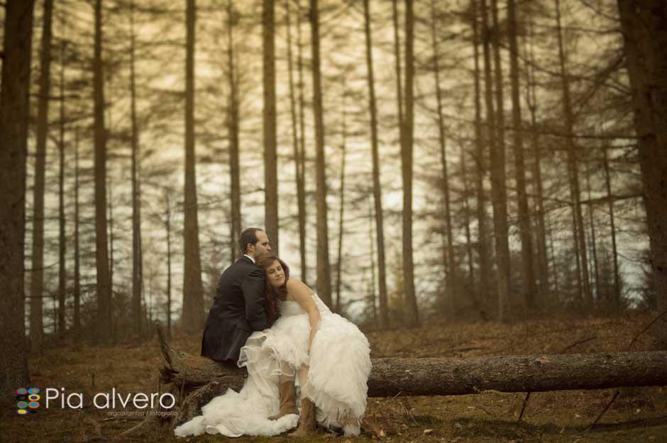 fotografia de postboda con Almudena e Igor en los montes de Bizkaia, Bilbao. Por Pia alvero-132