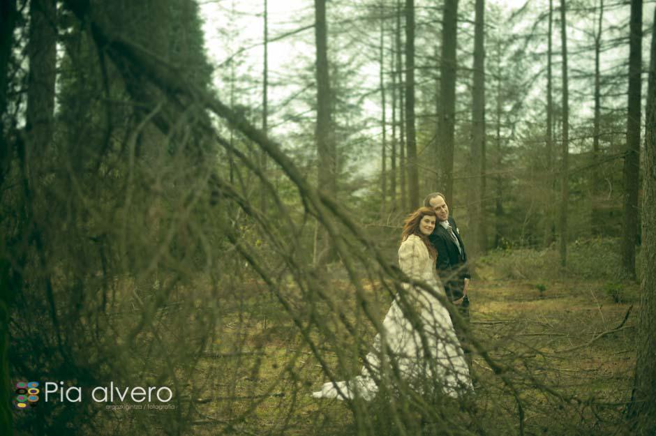 fotografia de postboda con Almudena e Igor en los montes de Bizkaia, Bilbao. Por Pia alvero-64
