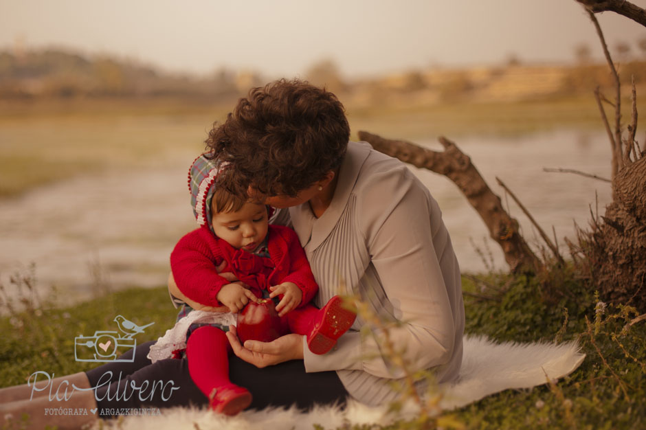 piaalvero fotografía de bebes ,familia y niños en Cintruénigo, Navarra-39