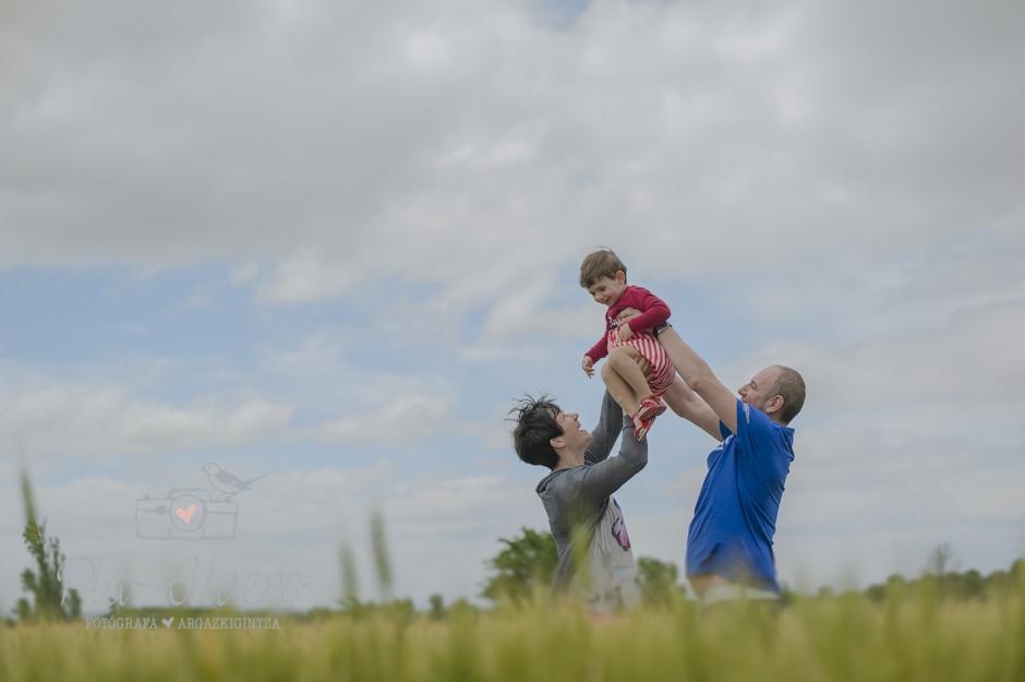 piaalvero fotografía de familia y niños en Corella, Navarra-293