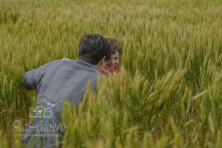 piaalvero fotografía de familia y niños en Corella, Navarra-305