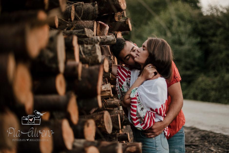 Pia Alvero fotografia de pareja en Bilbao.Love-123