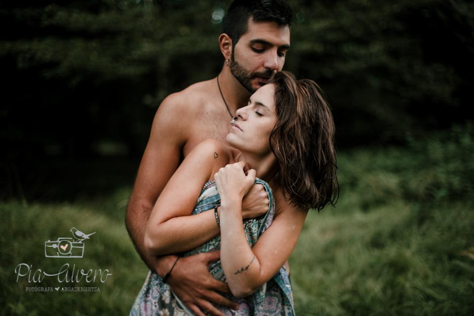 Pia Alvero fotografia de pareja en Bilbao.Love-294