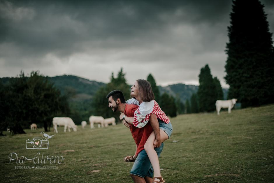 Pia Alvero fotografia de pareja en Bilbao.Love-64