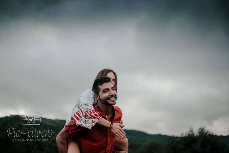 Pia Alvero fotografia de pareja en Bilbao.Love-74