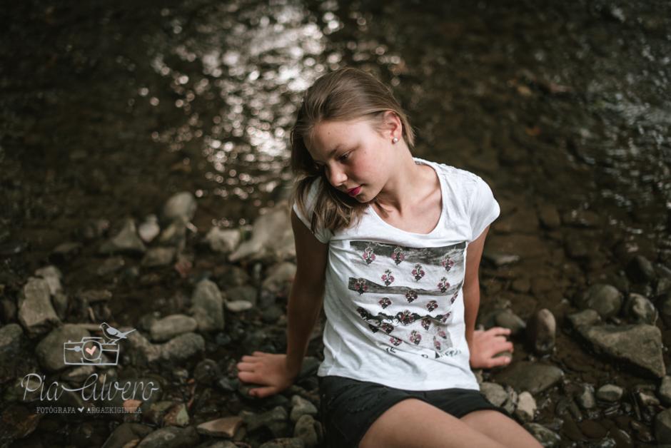 Pia Alvero fotografa en Bilbao de familias y adolescentes.-107