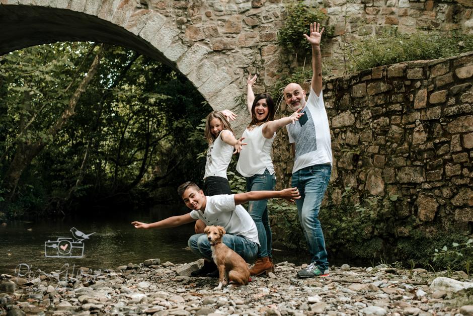 Pia Alvero fotografa en Bilbao de familias y adolescentes.-144