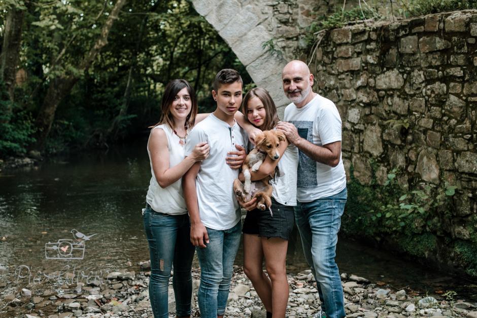 Pia Alvero fotografa en Bilbao de familias y adolescentes.-147
