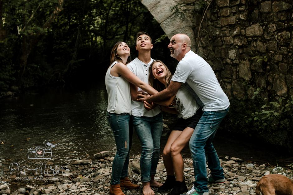 Pia Alvero fotografa en Bilbao de familias y adolescentes.-157