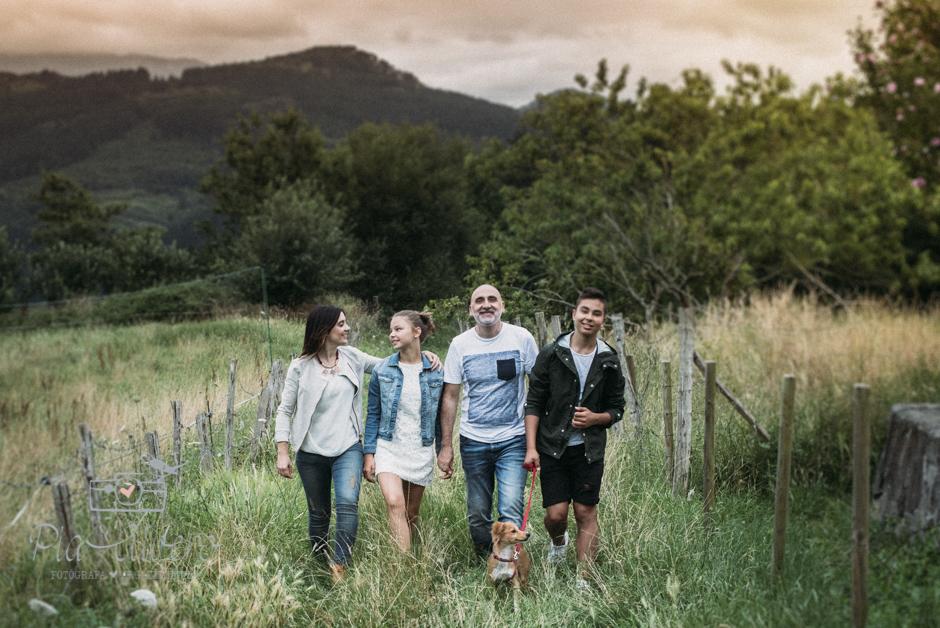 Pia Alvero fotografa en Bilbao de familias y adolescentes.-322