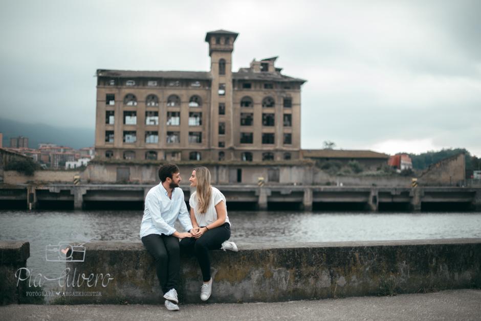Pia Alvero fotografia preboda en Zorrozaurre Bilbao, fotografa de bodas en Bilbao-1