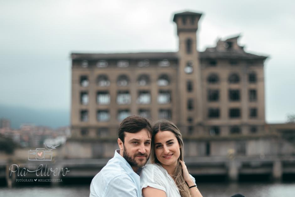 Pia Alvero fotografia preboda en Zorrozaurre Bilbao, fotografa de bodas en Bilbao-23