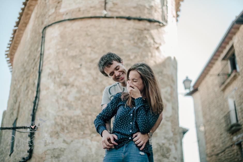 Pia Alvero fotografia preboda en Uxue, Navarra. Fotografa boda Navarra-105