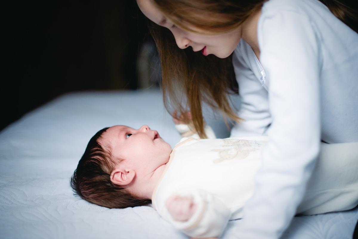 Sesiones de recién nacido Lifestyle - Fotografía emocional de Pía Alvero